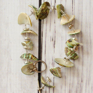 vintage green shell toggle bracelet off white